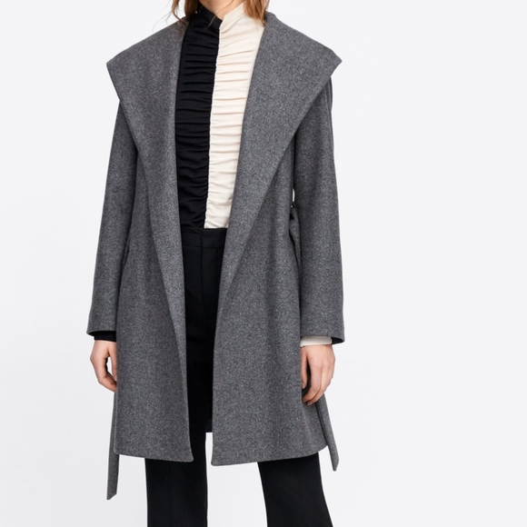 Zara Jackets & Blazers - Zara hooded Coat